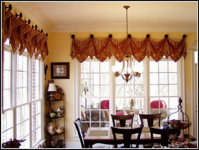 Large Front Window Curtain Ideas