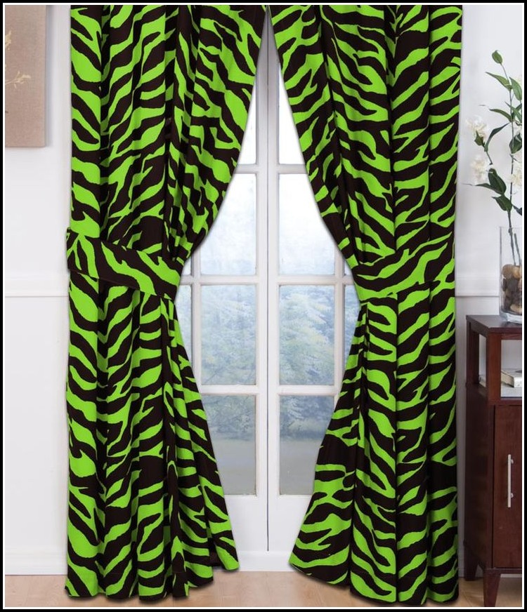 Lime green black and white curtains curtains home design ideas 8angx1wdgr34184 for Lime green curtains for bedroom