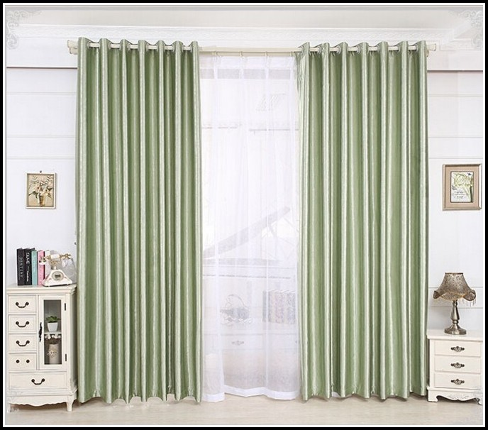 long or short curtains for bedroom curtains home design ideas wlnxpgyn5230187. Black Bedroom Furniture Sets. Home Design Ideas