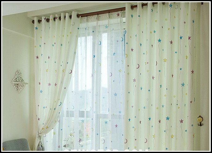 Make Your Own Room Darkening Curtains