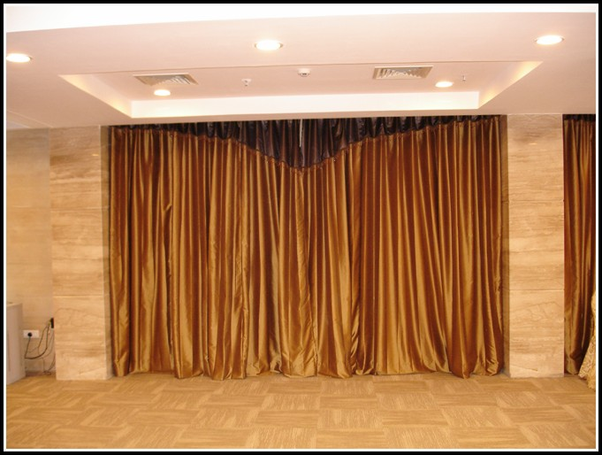 Magnetic Curtain Rods And Curtains