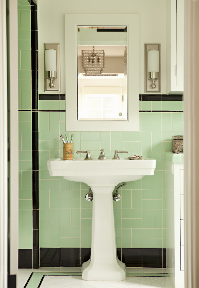 Bathroom Pedestal Sink with Towel Bar