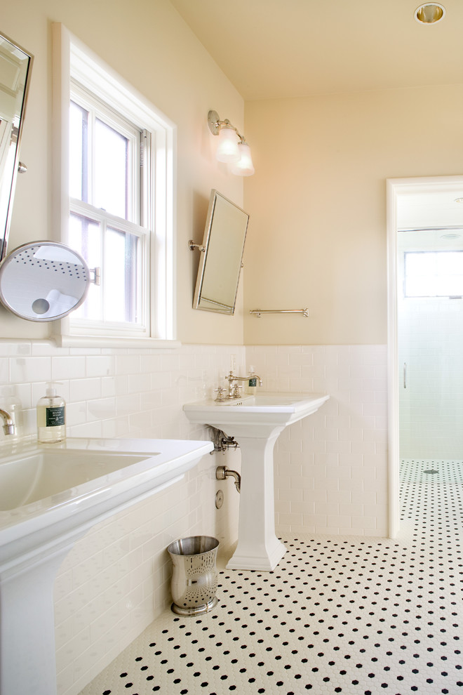 Modern Pedestal Sinks for Small Bathrooms