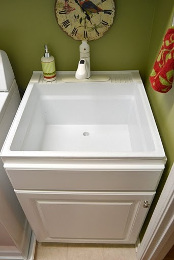 Mustee Laundry Sink 10c