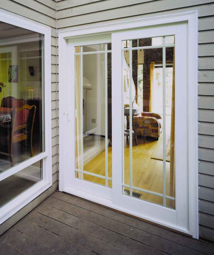How to Find Experts for Sliding Glass Doors Repair