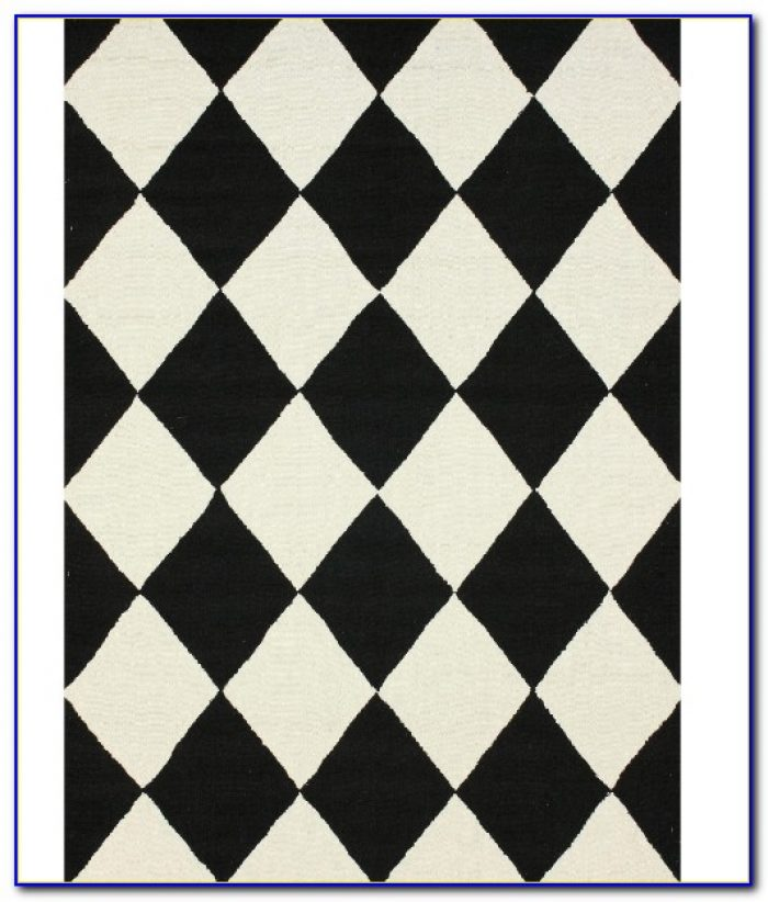 Black And White Checkered Bathroom Rug