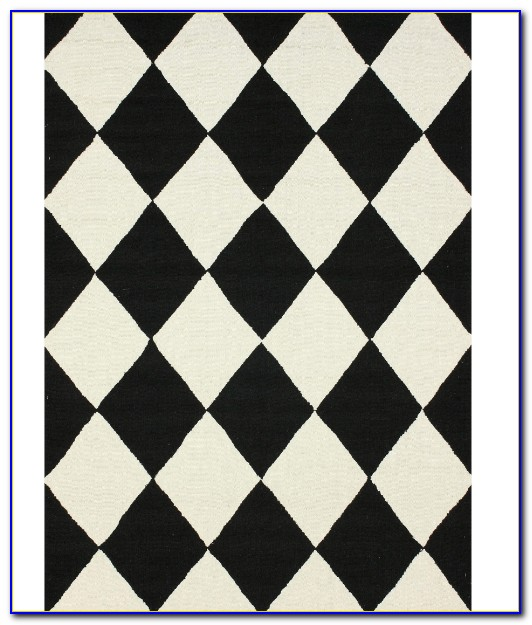 Checkered Bath Rug: Black And White Checkered Bathroom Rug