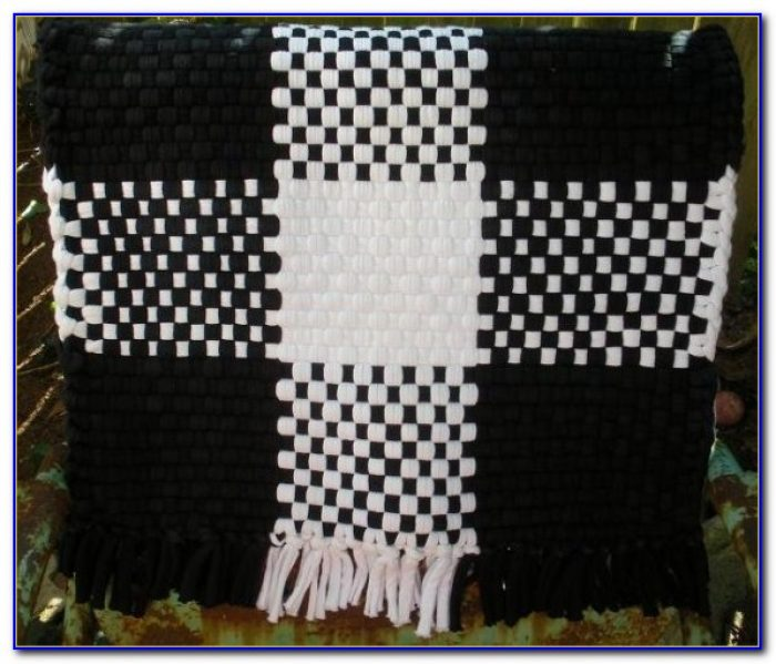 Black And White Checkered Throw Rug