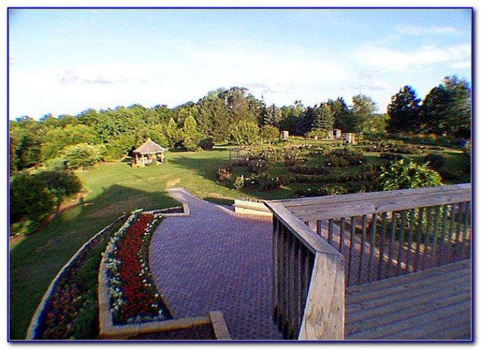 Green bay botanical gardens hours garden home design - Dubuque arboretum and botanical gardens ...