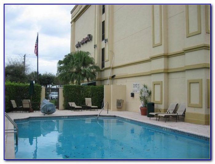 Hampton Inn Palm Beach Gardens Phone Number