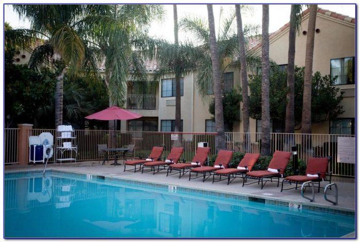 Hilton Garden Inn Valencia Six Flags Hotel