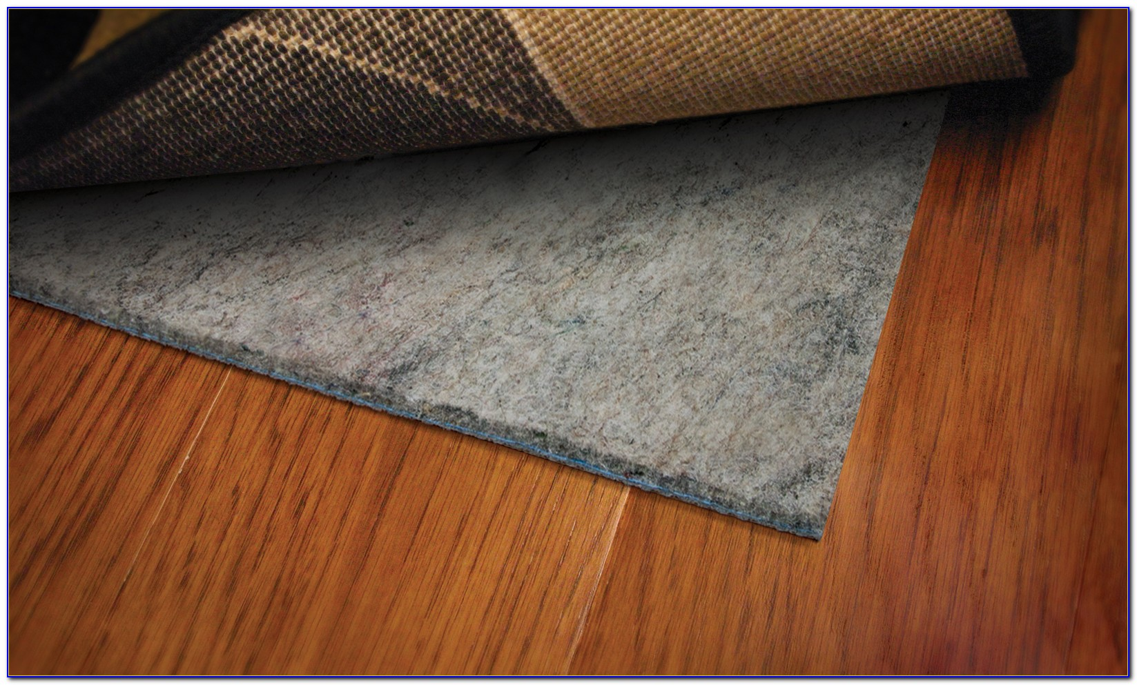 Area rug padding for hardwood floor download page home for Rug on hardwood floor pictures