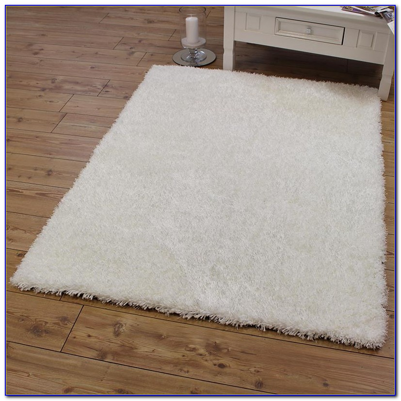 White Fuzzy Area Rug Rugs Home Design Ideas
