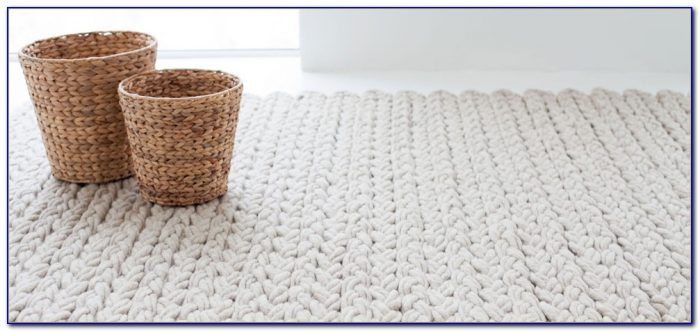 Area Rug Under King Size Bed