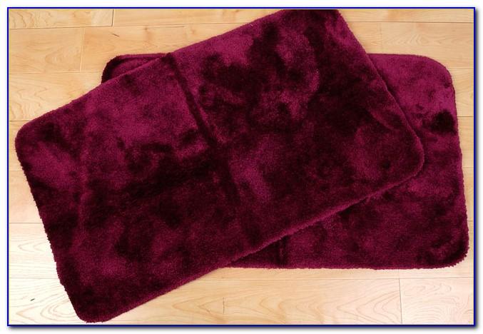 Dark Burgundy Bath Rugs