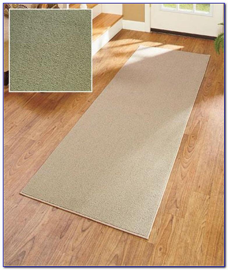 Bathroom runner rugs