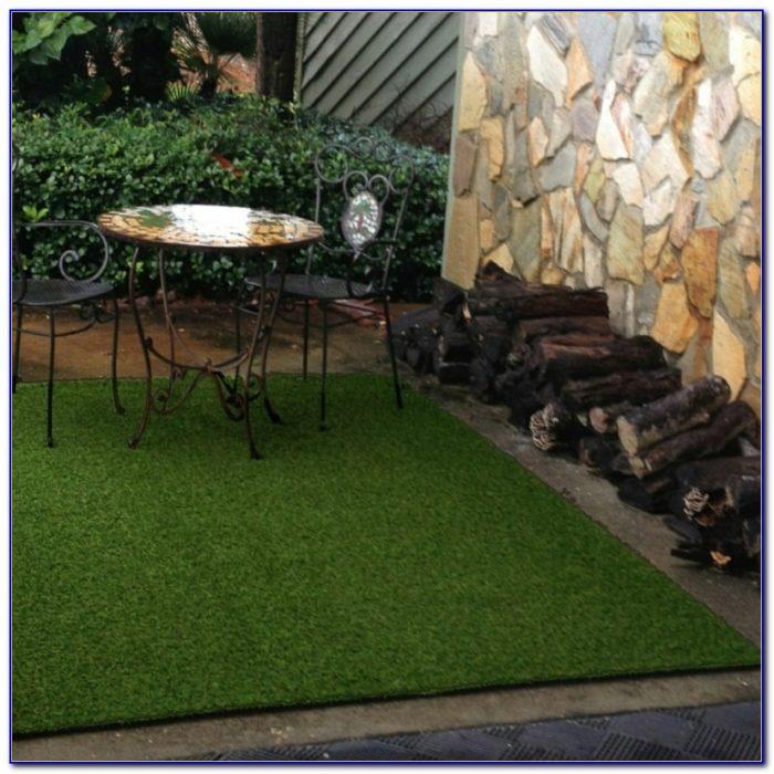 Outdoor Woven Grass Rug