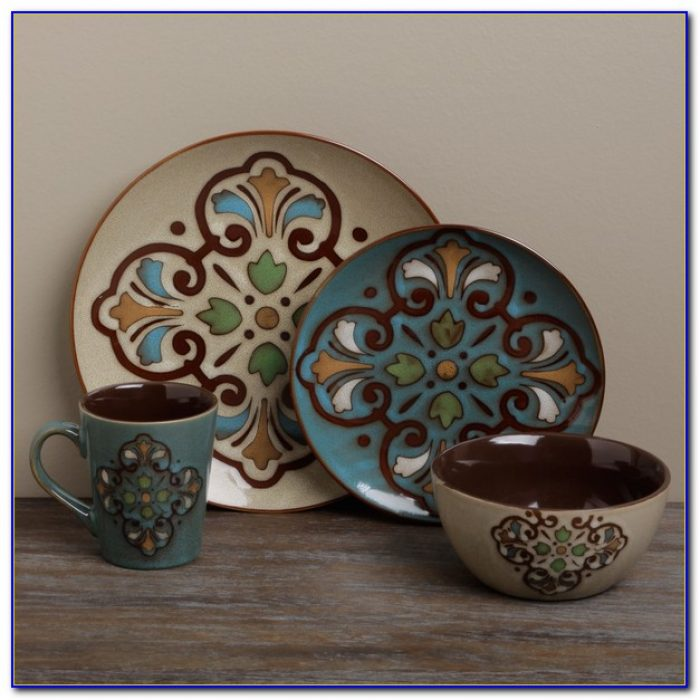 Tabletops Gallery Dinnerware Set