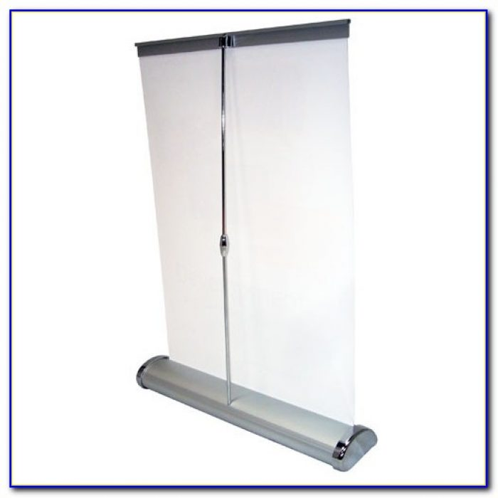 Breeze Tabletop Banner Stand