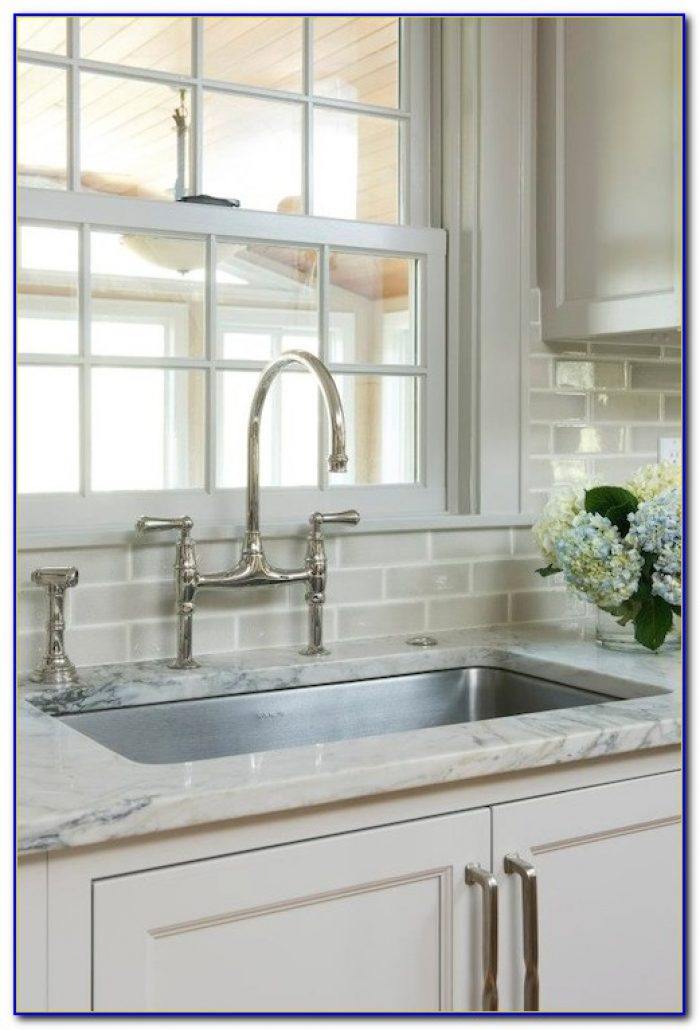 Beveled subway tile backsplash houzz tiles home design for Kitchen backsplash images on houzz