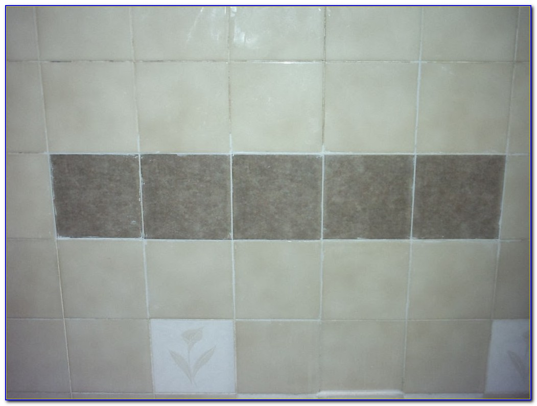 clean bathroom tile grout how to clean tile grout on bathroom floor tiles home 17761
