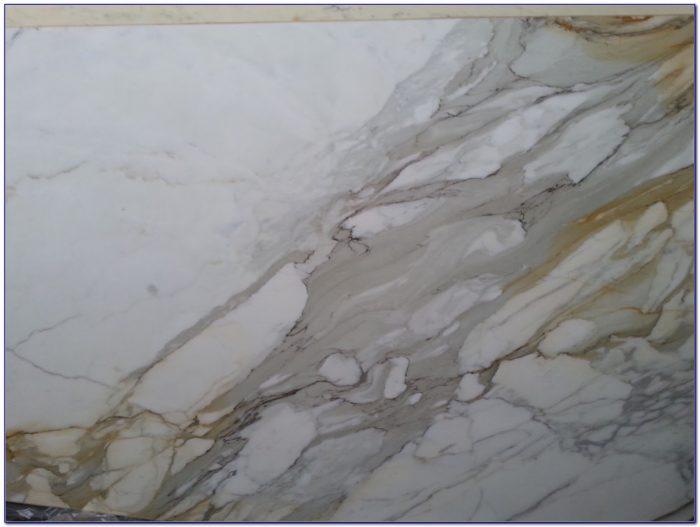 Calacatta Gold Marble Tile Backsplash