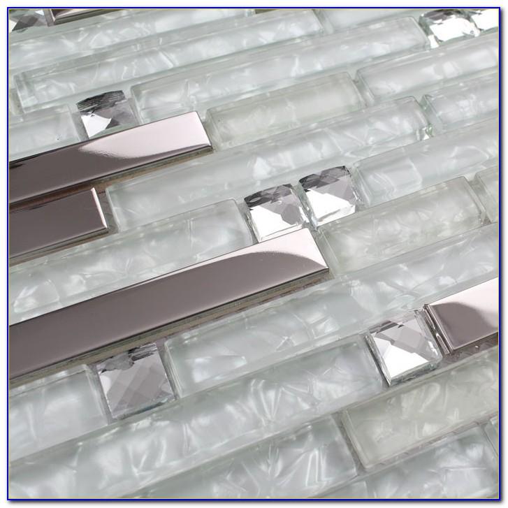 Clear glass tile backsplash installation tiles home for Clear glass tile backsplash pictures