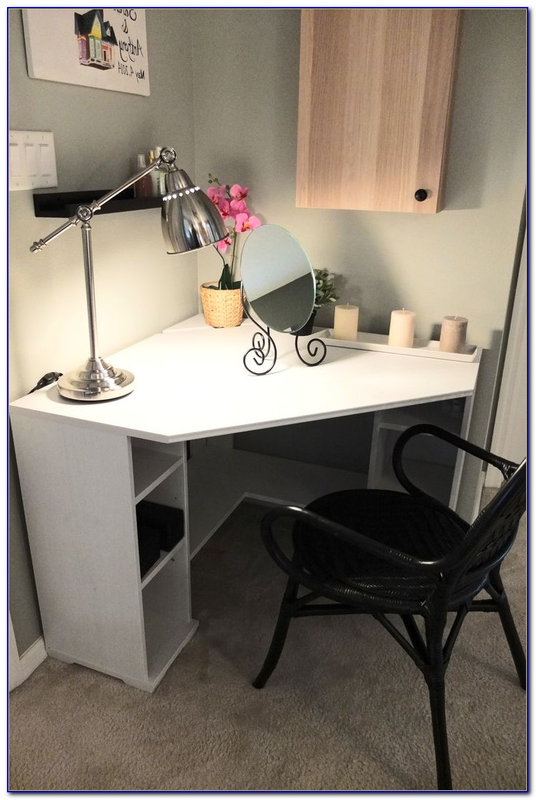 Desk For Small Space: Corner Computer Desks For Small Spaces Uk