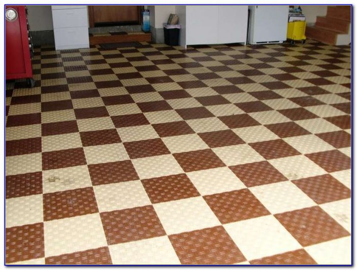 Interlocking Wood Grain Floor Tiles