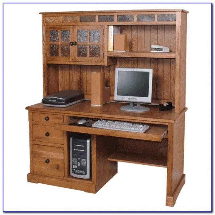 Oak Student Desk With Hutch
