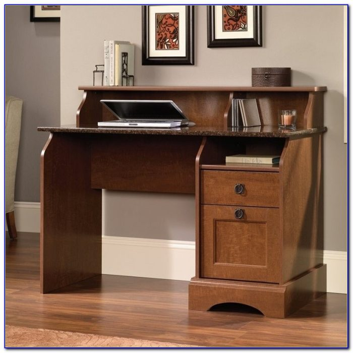 Sauder Graham Hill Computer Desk And Hutch Desk Home