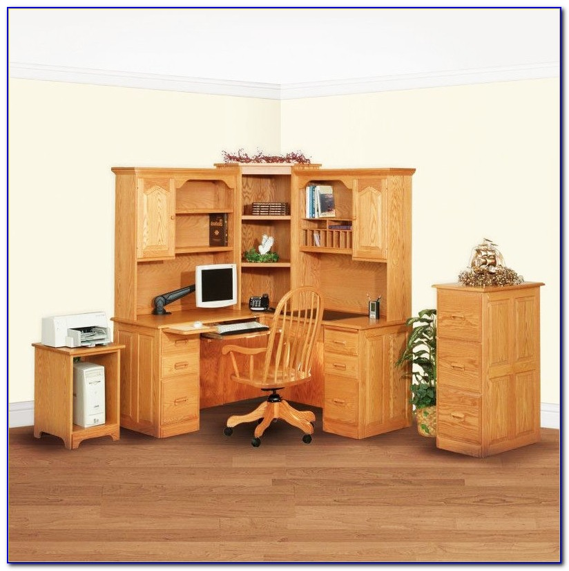 Solid Oak Corner Computer Desk With Hutch
