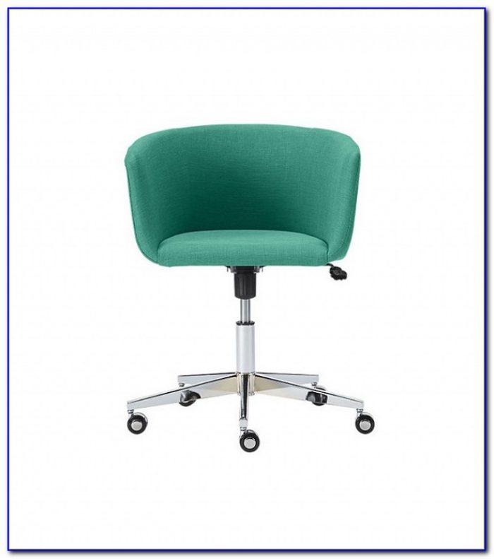 Improve Posture At Desk