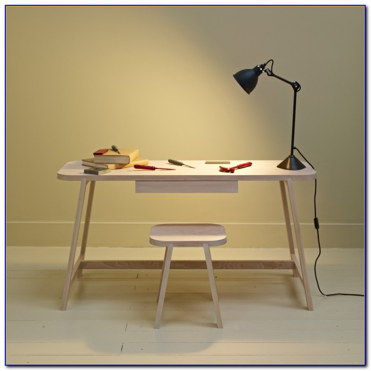 Small Writing Desks For Small Spaces Uk