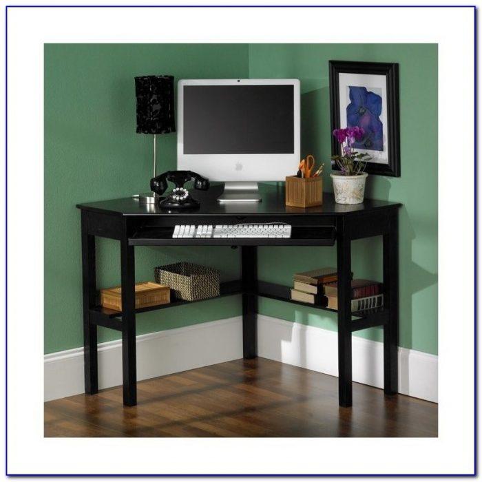 Southern Enterprises Corner Desk