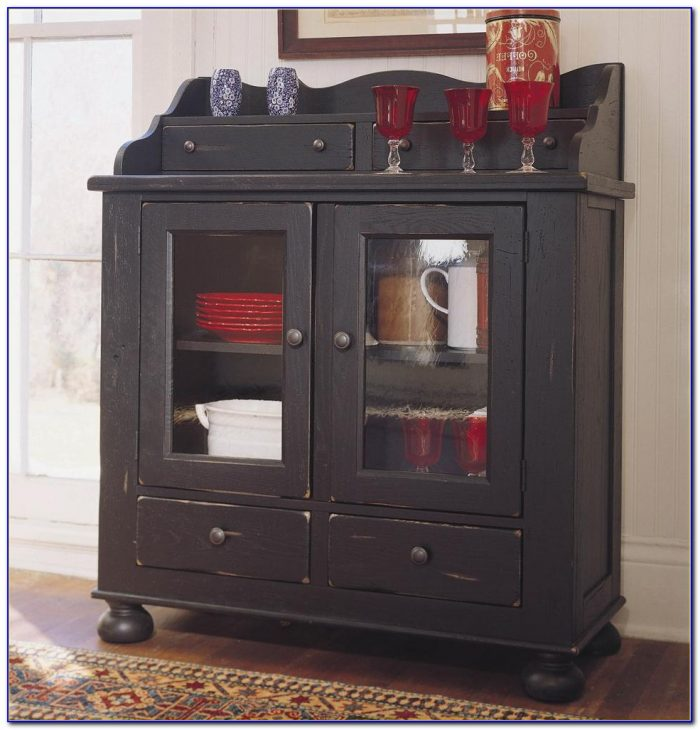 Broyhill Attic Heirlooms Desk Black