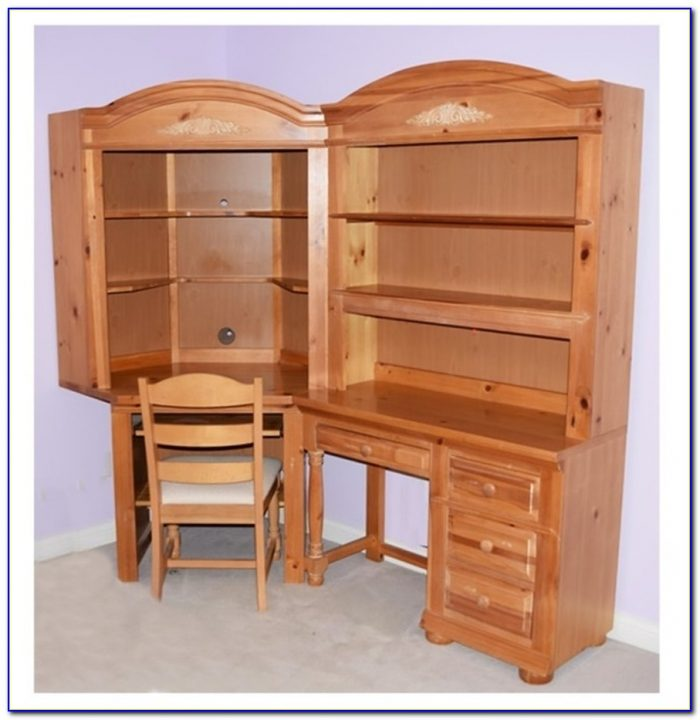 Broyhill Desk And Hutch
