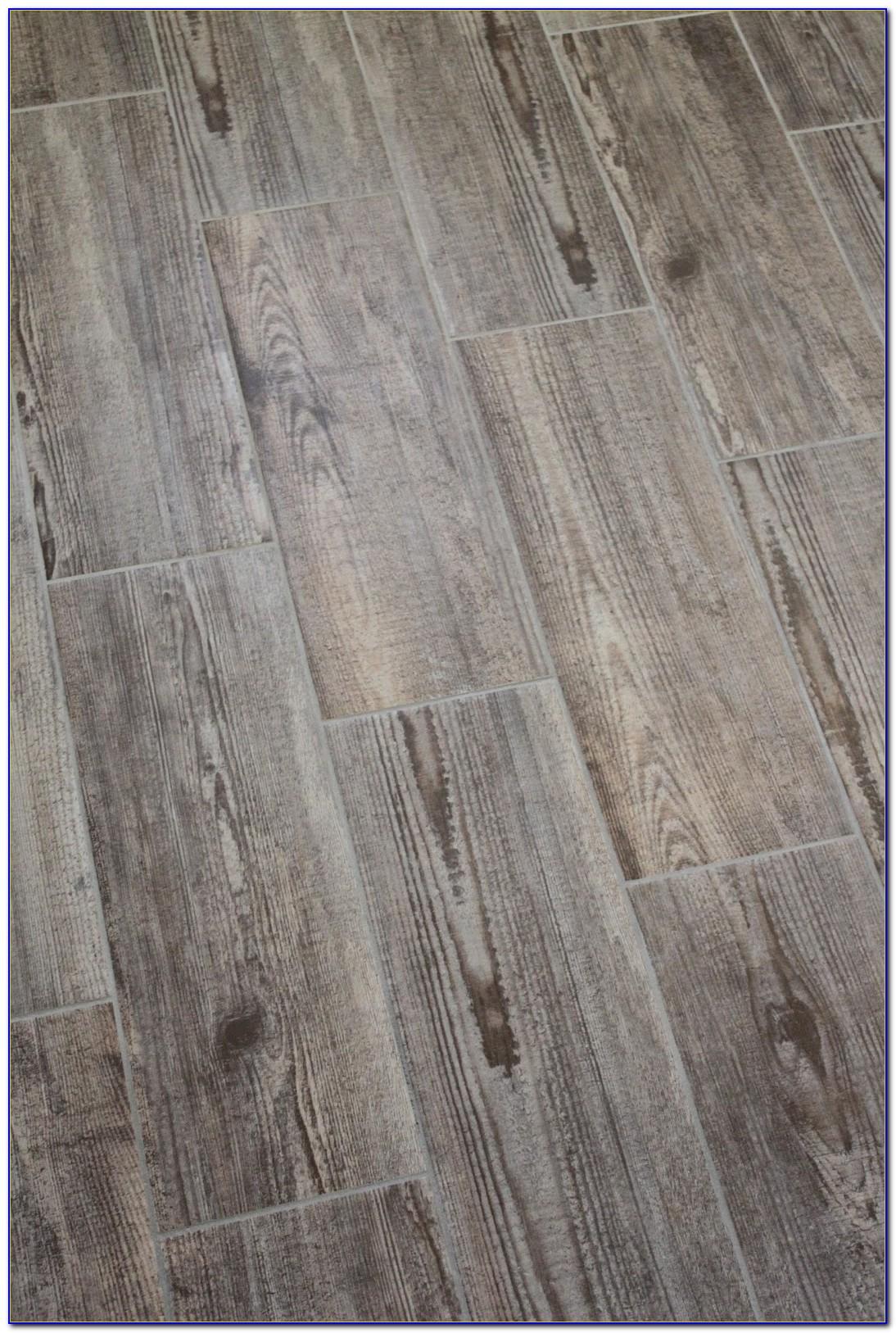 Ceramic Tile Flooring That Looks Like Hardwood