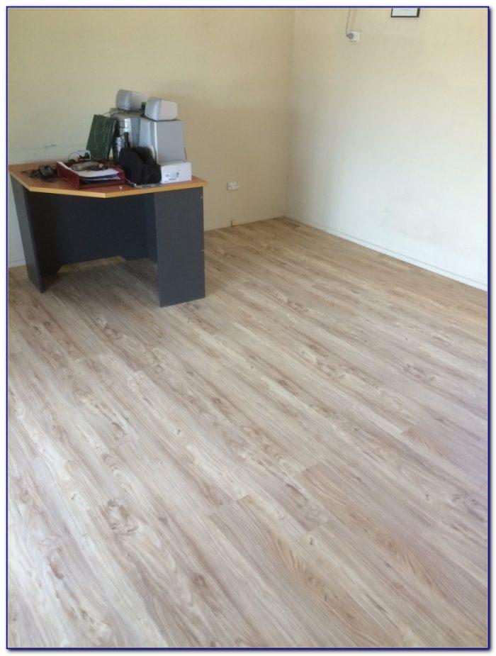 Loose Lay Vinyl Plank Flooring Installation