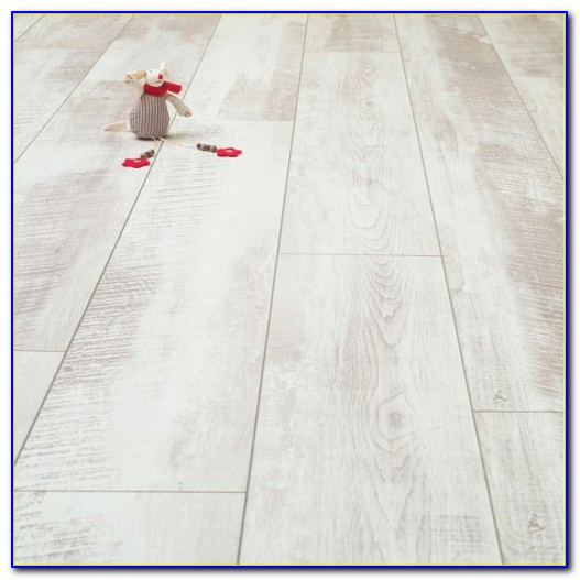 Pergo Whitewashed Laminate Flooring Flooring Home