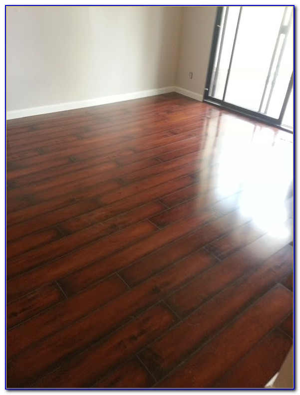 St James Laminate Flooring Cleaning