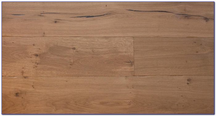 Distressed Antique Golden Engineered Oak Wood Flooring