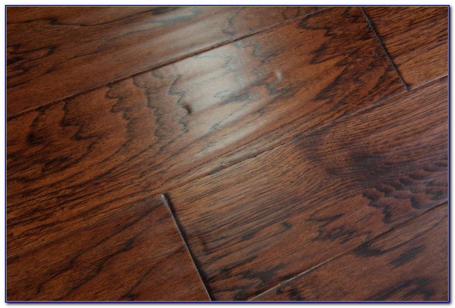 Distressed Vintage Oak Engineered Wood Flooring