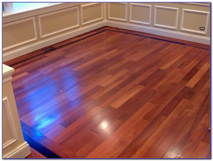 Hardwood floors for dogs flooring home design ideas for Hardwood floors and dogs