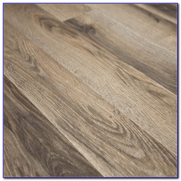 Quick step laminate flooring trim flooring home design for Laminate flooring stores