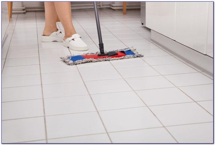 Vacuum cleaner for laminate floors flooring home for Best vacuum cleaner for concrete floors