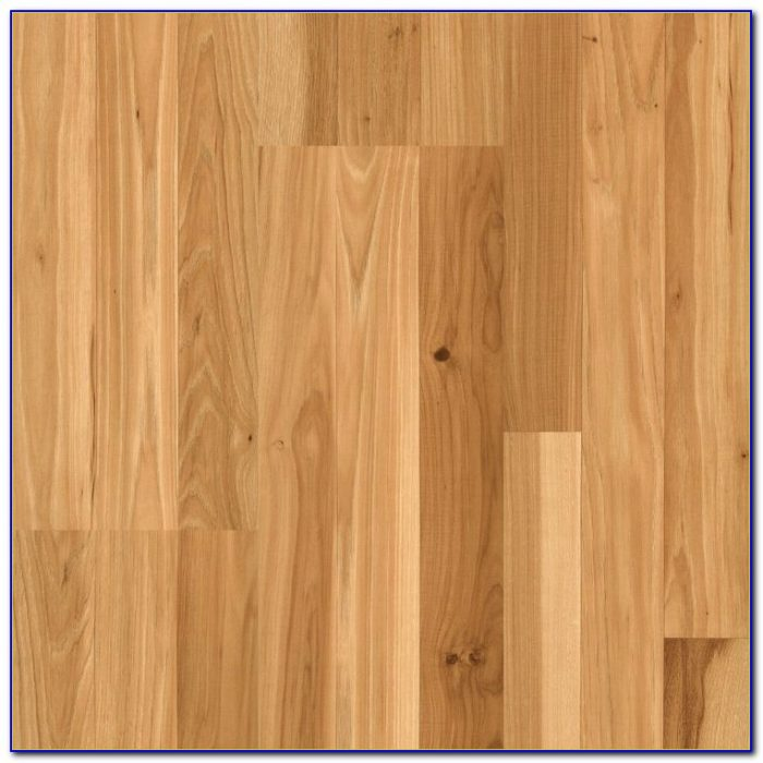 Pergo Country Natural Hickory Laminate Flooring