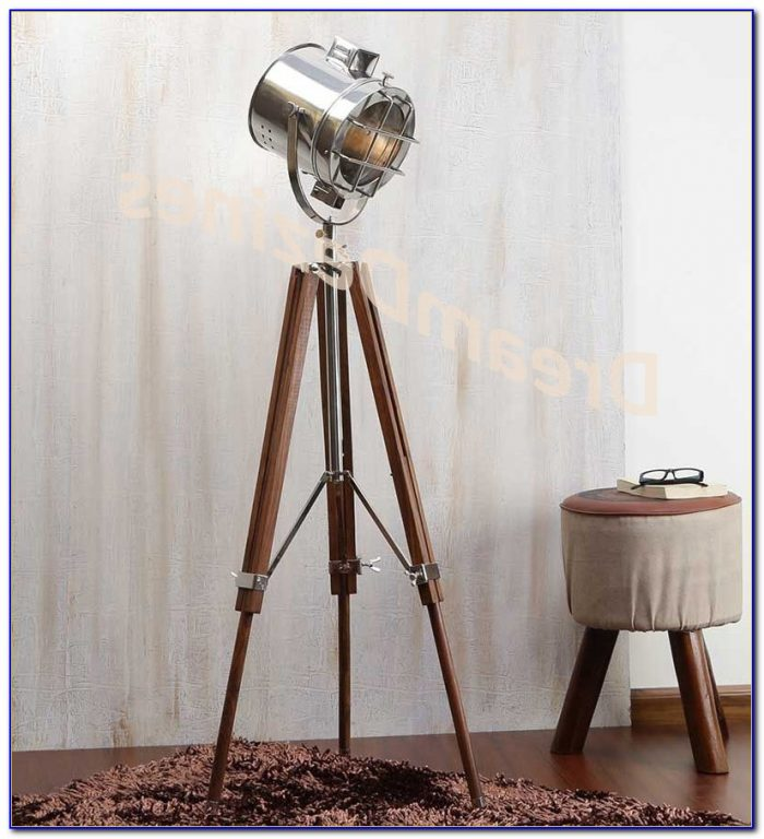 Retro Tripod Floor Lamp