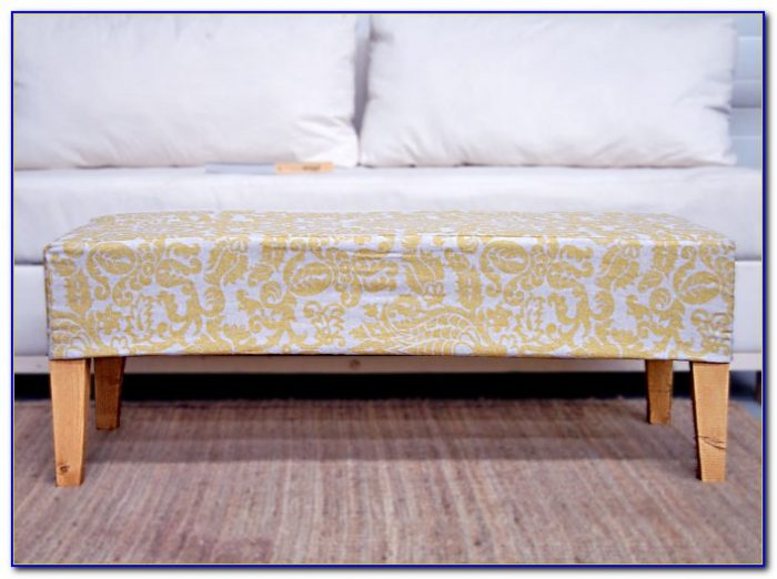 Upholstered Bedroom Bench With Storage