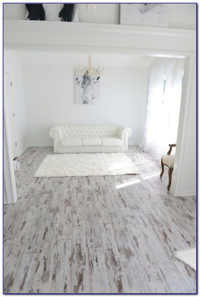 White Washed Wood Effect Vinyl Flooring